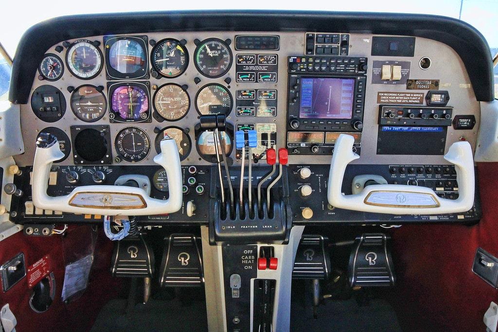 Beechcraft Duchess - Track N60451 on Radar - Fleet