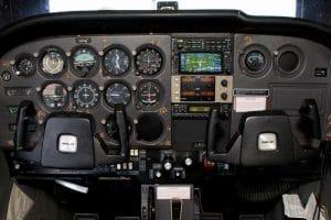 Cessna 172XP, N1698V